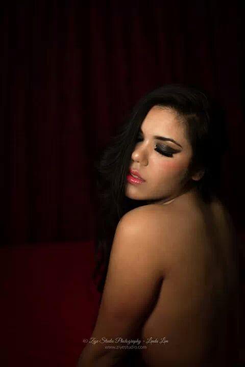 Model : Nivari Fotograaf : Linda Lim - Ziye studio